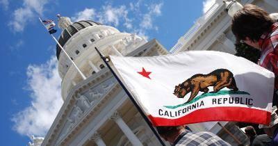 Californie-industrie-tabac-oppose-interdiction-aromes