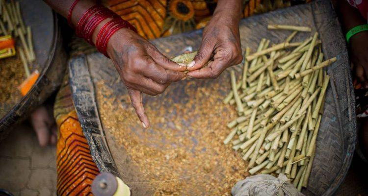 inde-population-favorable-lutte-antitabac-bidis