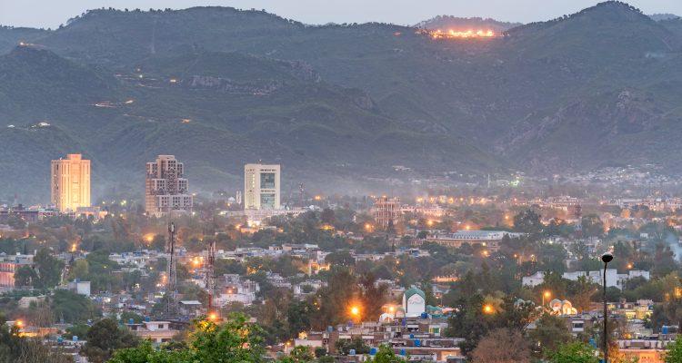 Pakistan-Islamabad-taxes-tabac